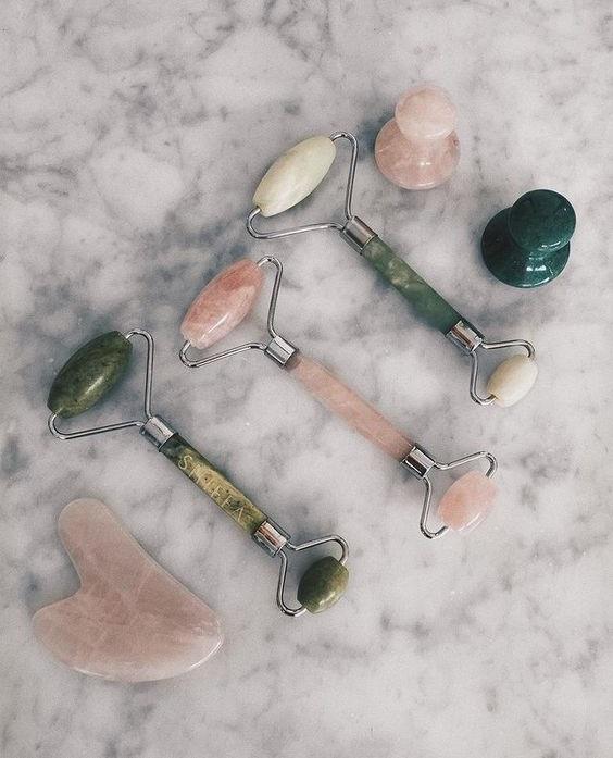 Όλα όσα θέλεις να ξέρεις για το face rolling και τα jade rollers
