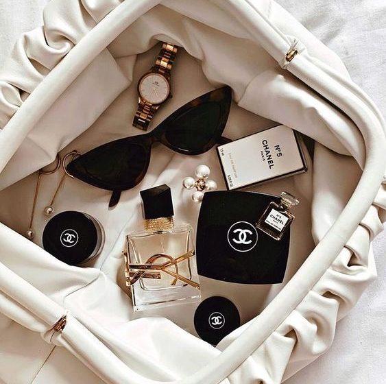 Καλλυντικά για να έχεις το χειμώνα στην τσάντα σου - The Cover