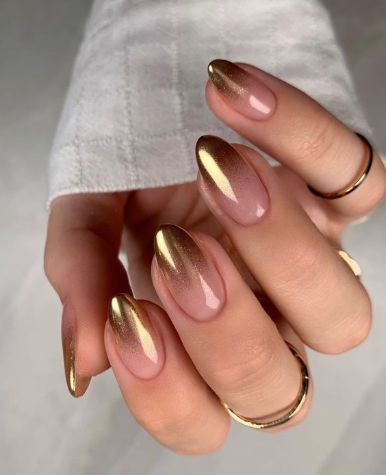 Όμπρε νύχια - The Cover
