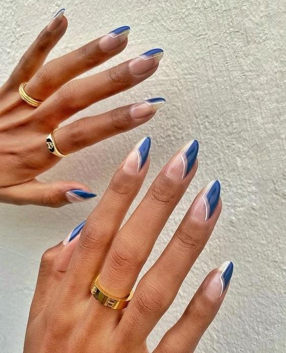 Μπλε νύχια - The Cover