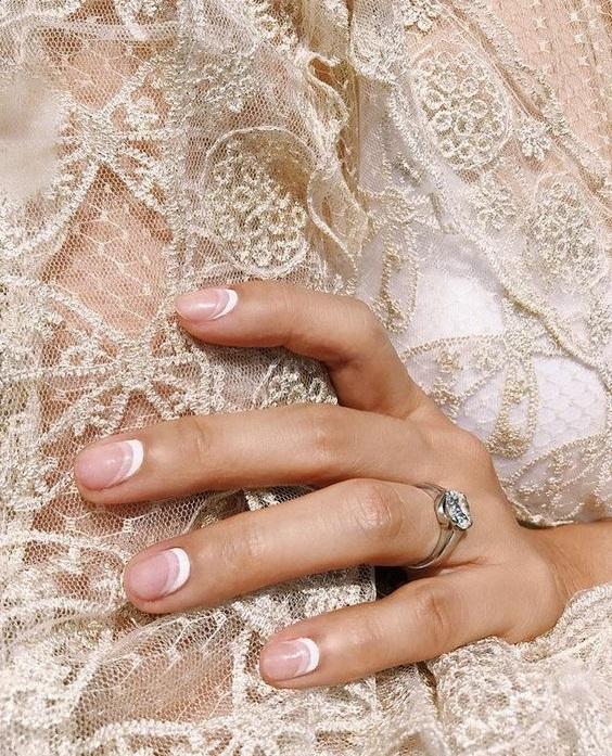 Νυφικά νύχια μοντέρνα σχέδια - The Cover